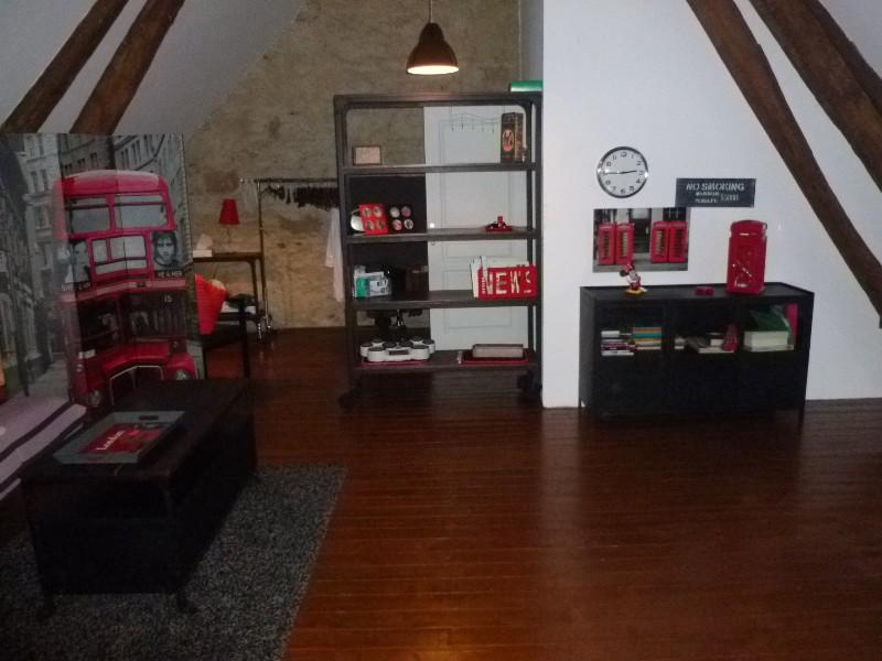 Erlon immobilier : Dortoir de 80m² avec SDD
