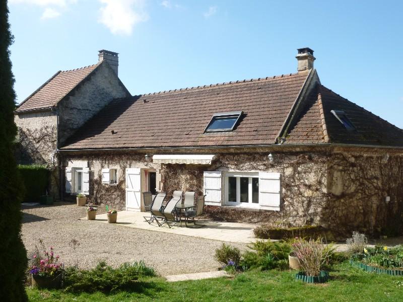Erlon immobilier : Belle maison ancienne en pierre