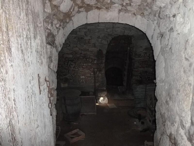 Erlon immobilier Cave voutée