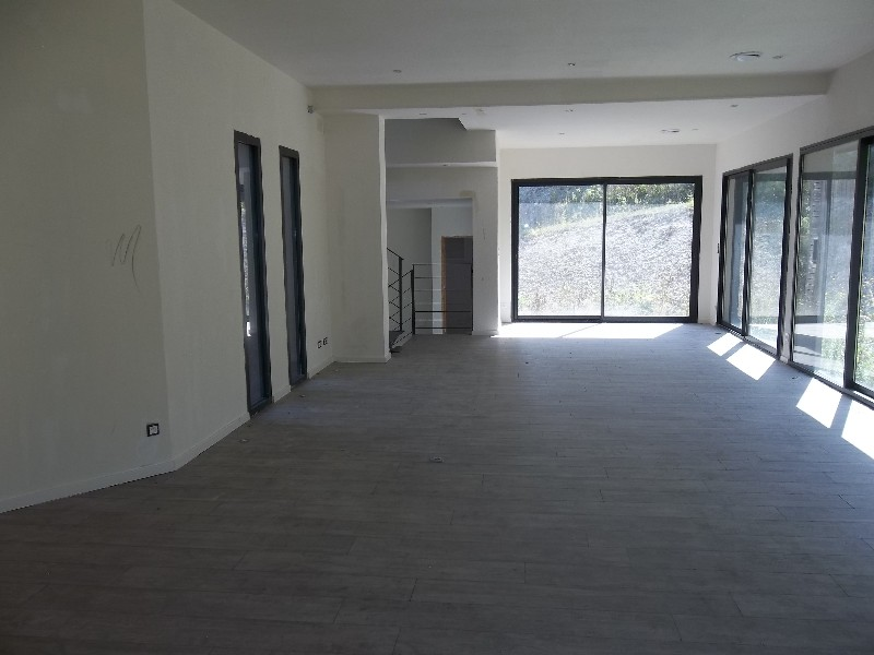Erlon immobilier : PIECE DE VIE 50M²