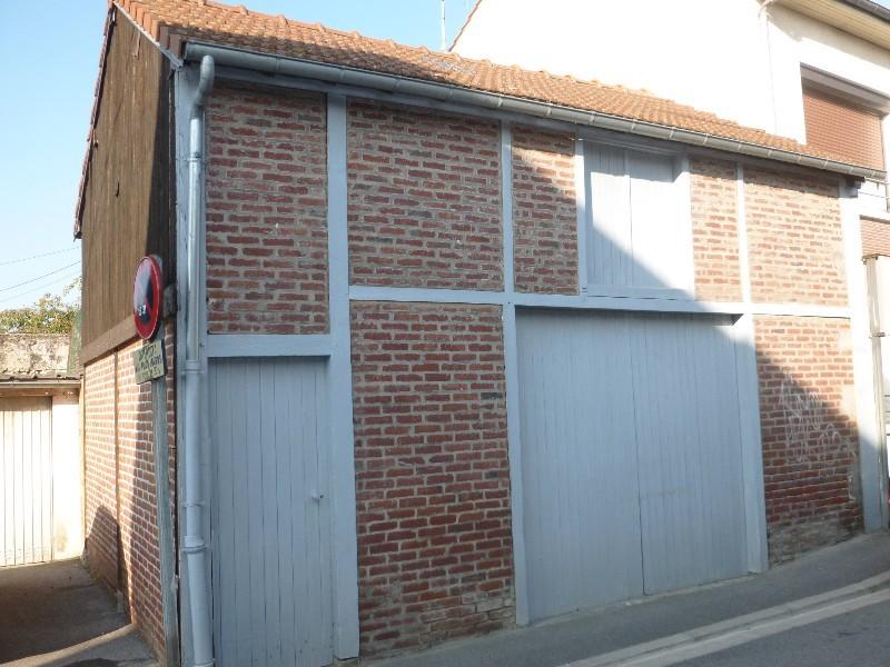 Erlon immobilier : garage avec grenier