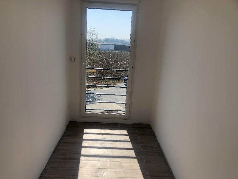 Erlon immobilier : palier etage