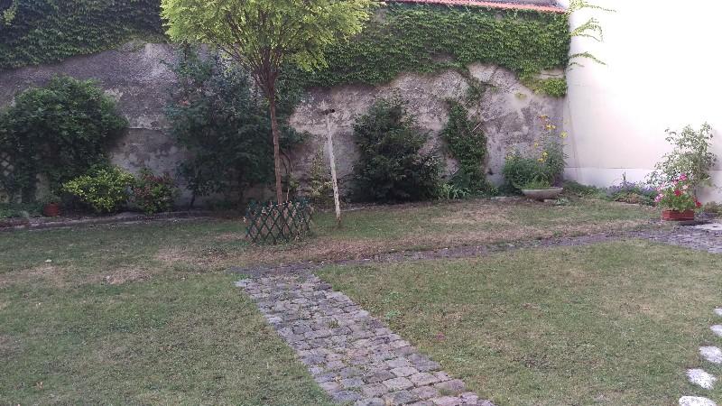 Erlon immobilier : Jardin commun