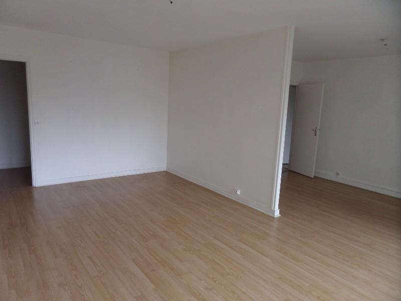 Erlon immobilier : ESPACE SALON/SEJOUR