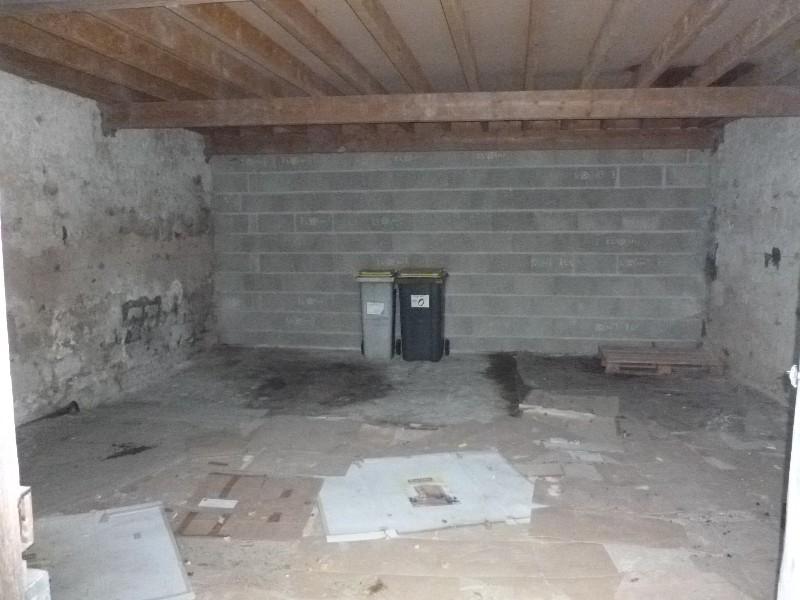 Erlon immobilier : Garage de 45m² + grenier
