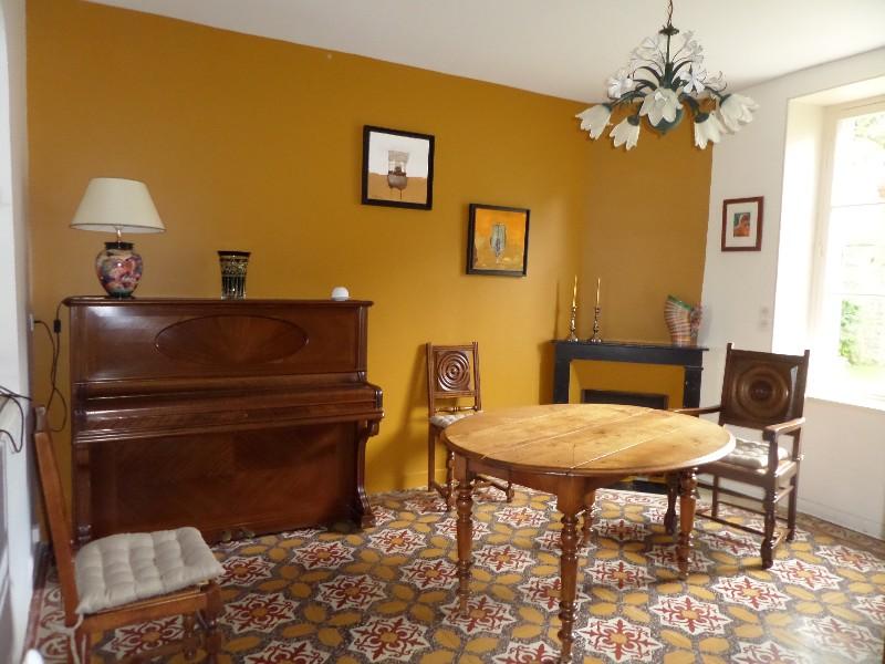 Erlon immobilier : salle à manger
